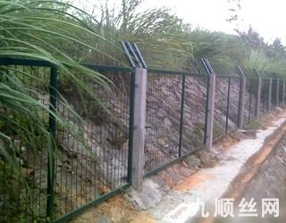 铁路防护栅栏1.jpg